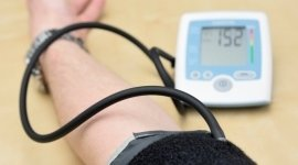noleggio misuratori di pressione, noleggio presidi ortopedici, noleggio aerosol