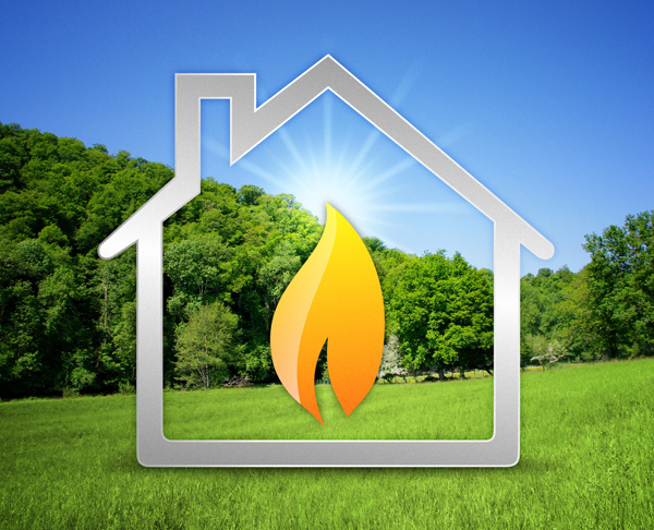 un disegno di una casa e una fiamma