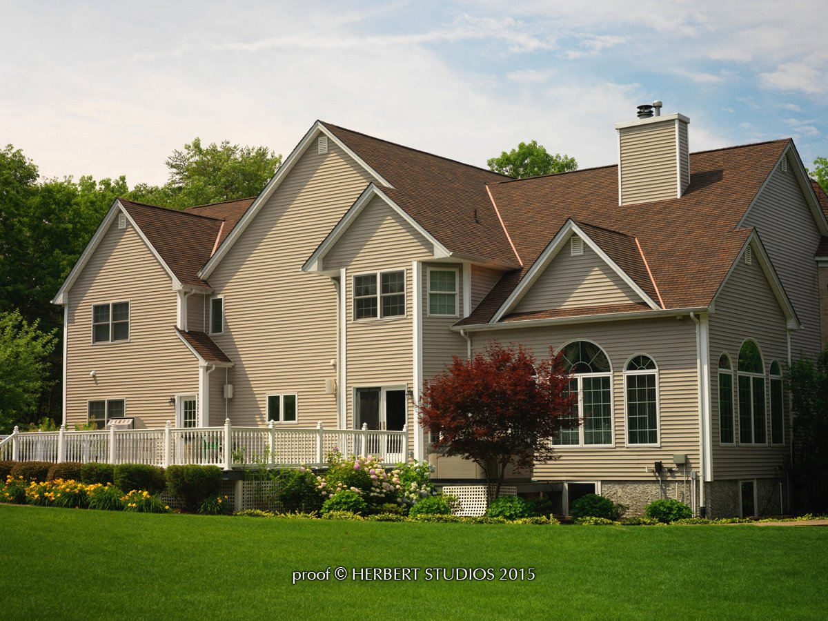 Home with Glenwood Lifetime Designer Shingles, installed by King Quality Construction