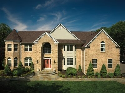 Large home with Glenwood Lifetime Designer Shingles, installed by King Quality Construction
