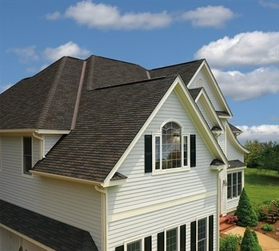 Roof of home with Glenwood Lifetime Designer Shingles, installed by King Quality Construction