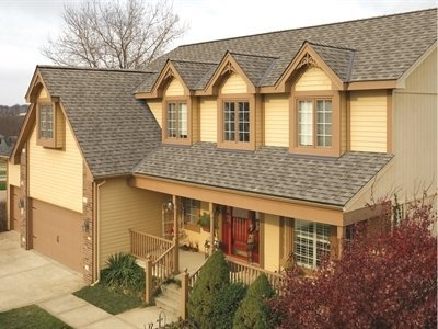 Front of house with Timberline HD shingles installed by King Quality Construction