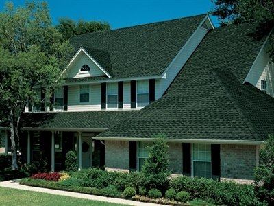 Front view of home with Timberline Ultra HD shingles installed by King Quality Construction