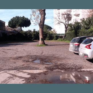 Ampio parcheggio antistante al ristorante