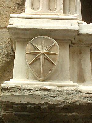 Lo Stemma in pietra della Corporazione dei Giuristi a Firenze
