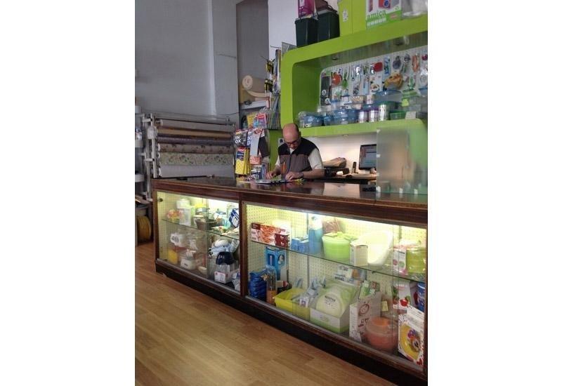 Il bancone del negozio