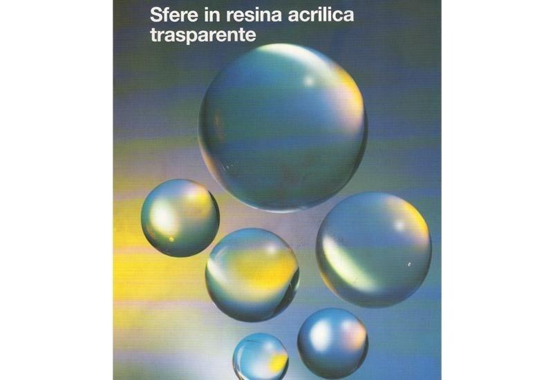 Sfere in resina acrilica trasparente