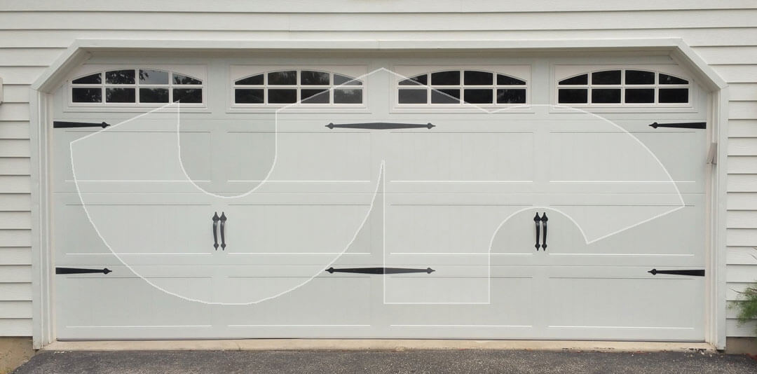 Lombard Carriage Style Garage Door with Spades and Cascade Glass