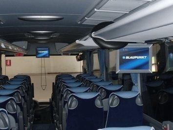 Interni di bus EVOBUS MERCEDES TURISMO RHD 16