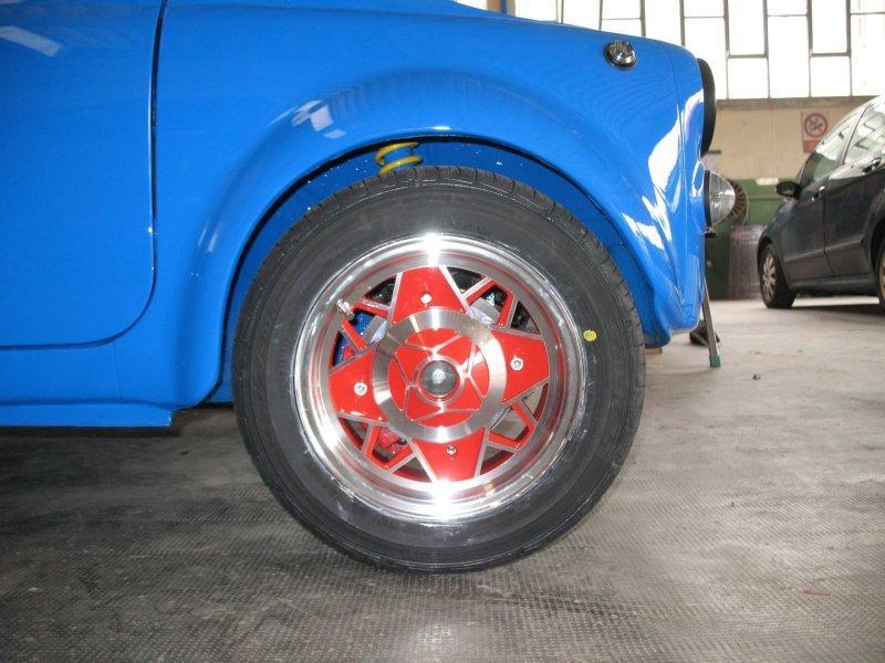 ruota maggiolino blu