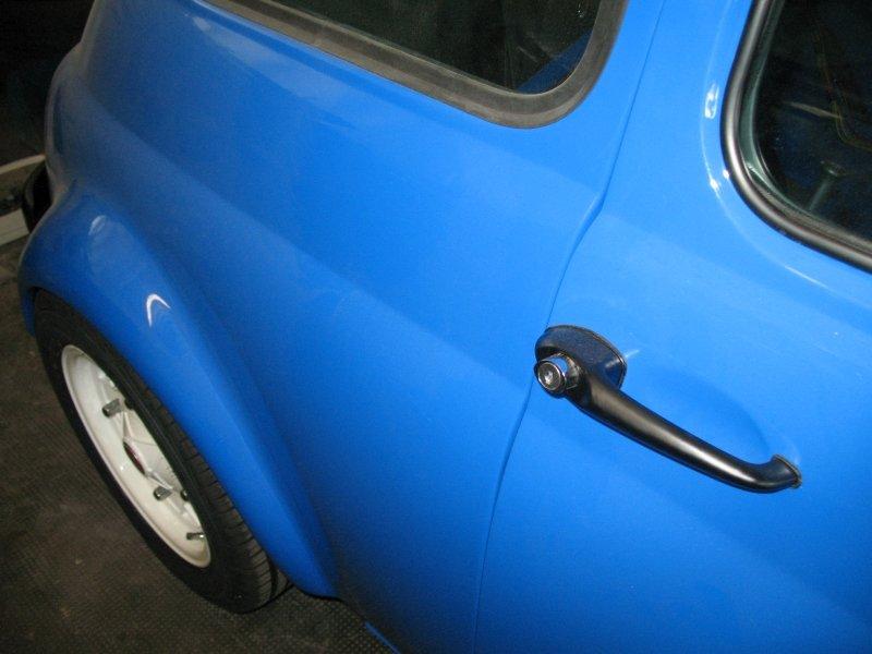 portiera maggiolino blu