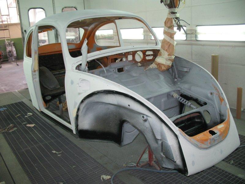 carrozzeria maggiolino bianca
