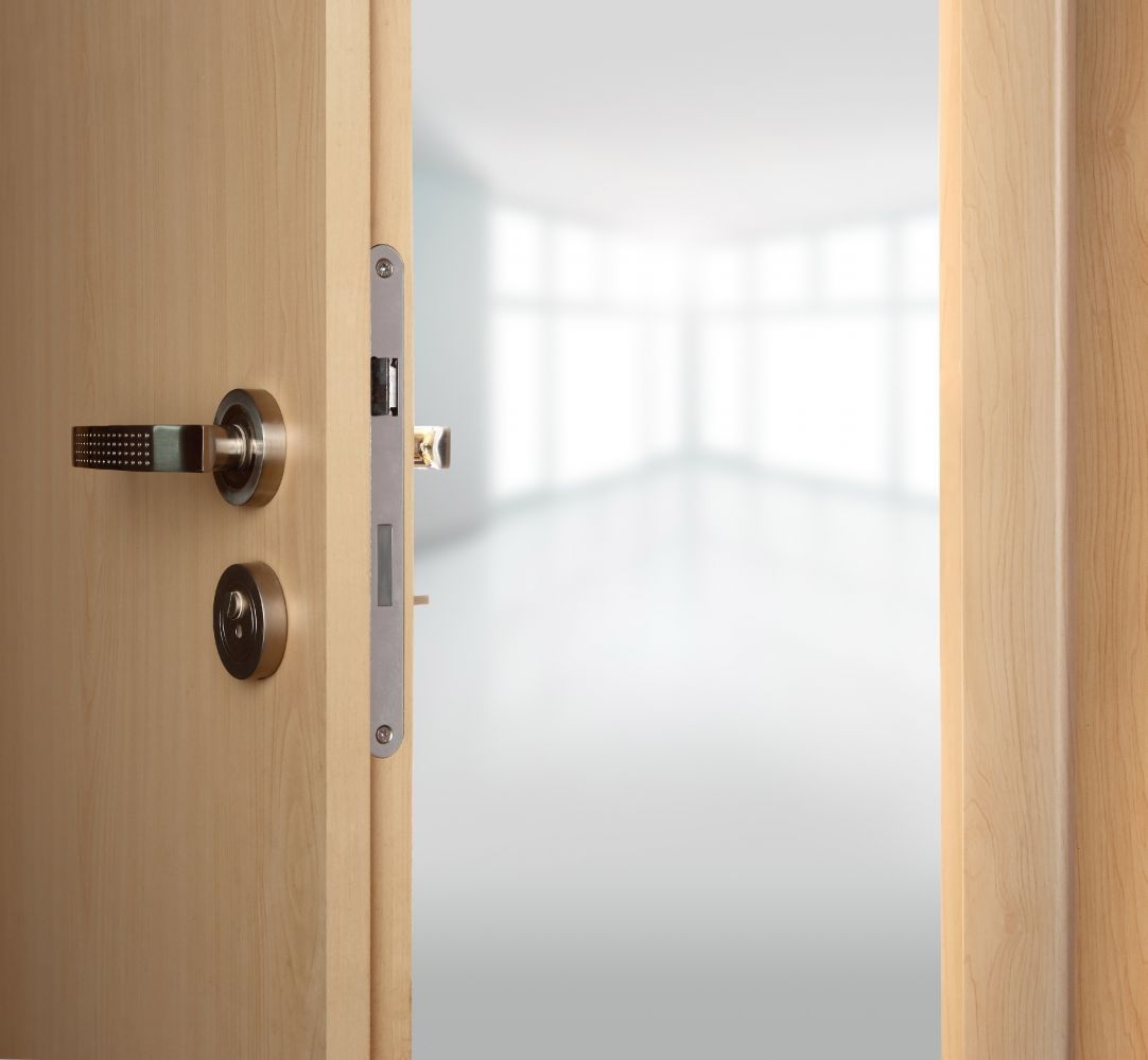 Wide range of commercial, home, fire and security doors