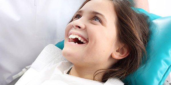hanover dental care smiling kid