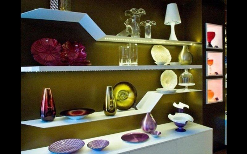 Esposizione casalinghi treviso brandolisio for Oggettistica per casa classica