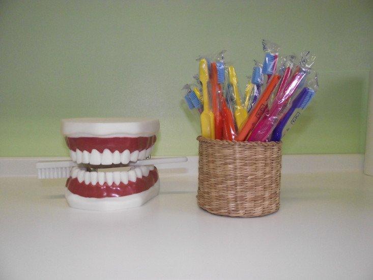 una protesi di una dentiera
