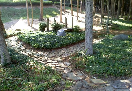 Lawn maintenance services and more in Matthews, NC