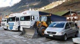 furgoni per consegne, camion, autoarticolati