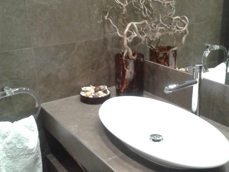 lavabo in kerlite della Cotto d