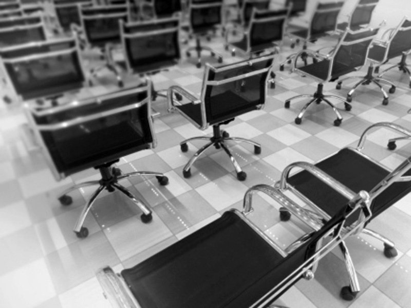 sedie per sale riunioni
