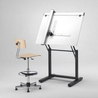 Vendita tavoli da disegno roma caruso giovanni - Il tavolo da disegno ...