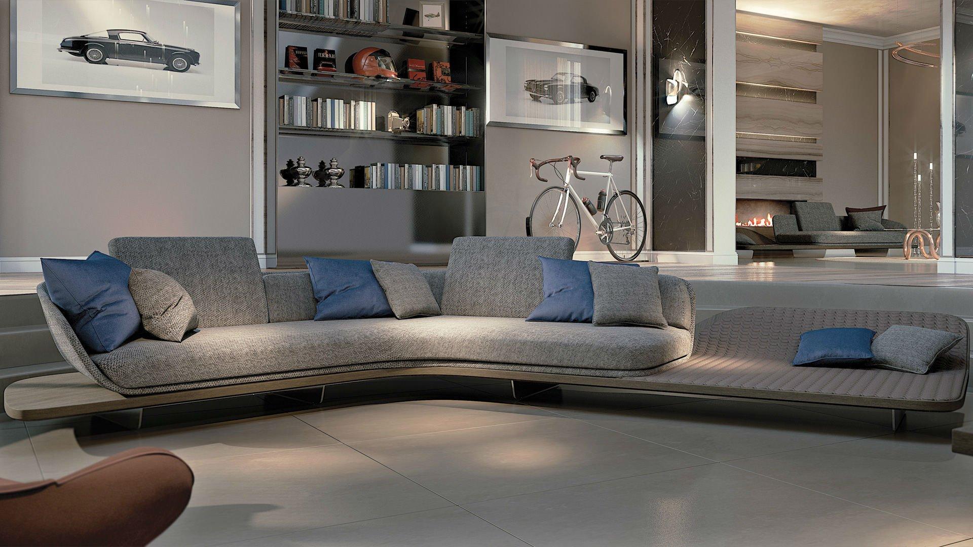 Ampio salon con sofà con divano, scaffali di vetro, nella habitacion accanto il divano è al fianco del camino