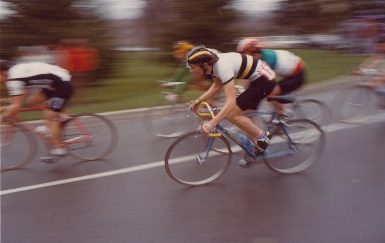 Paul Smeulders cyclist racing with group of cyclists
