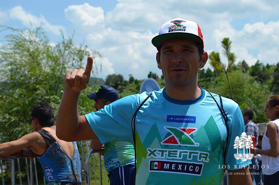 Velocious Coach Flores
