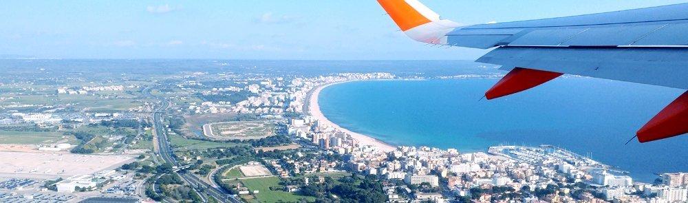 plane flying over Mallorca
