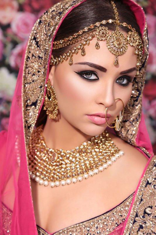 pink bridal clothes