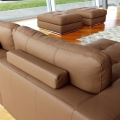 divani completi di appoggio per le gambe