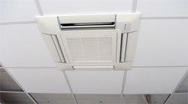 sistema di aria condizionata installato al soffitto