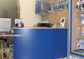 arredo negozi Elettronica Genova