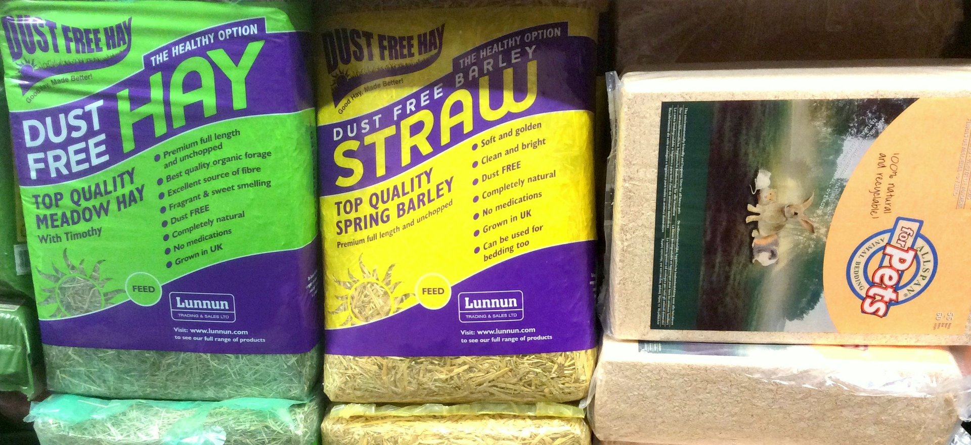 Compact bags of Hay, Straw & Shavings