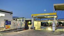rifornimento benzina verde