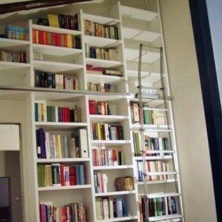 Libreria ad angolo - Bologna - Falegnameria Bolognina
