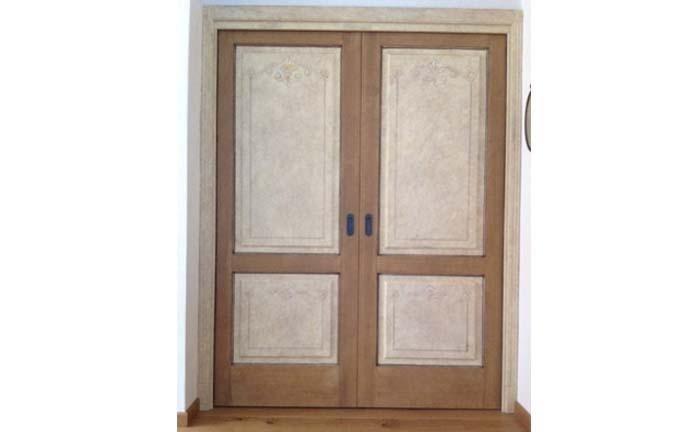 doppia porta in legno
