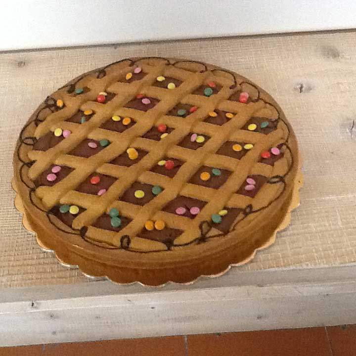 crostata al cioccolato con smarties