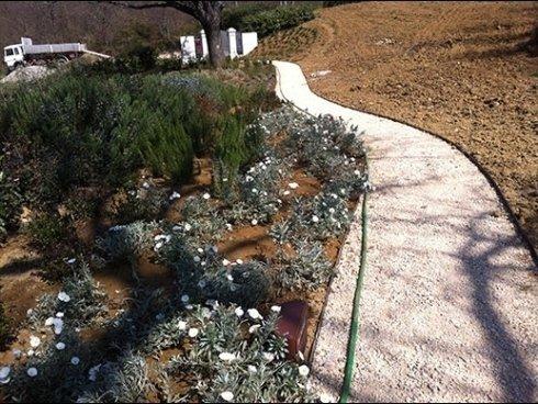 Sistemazione giardini da esterno