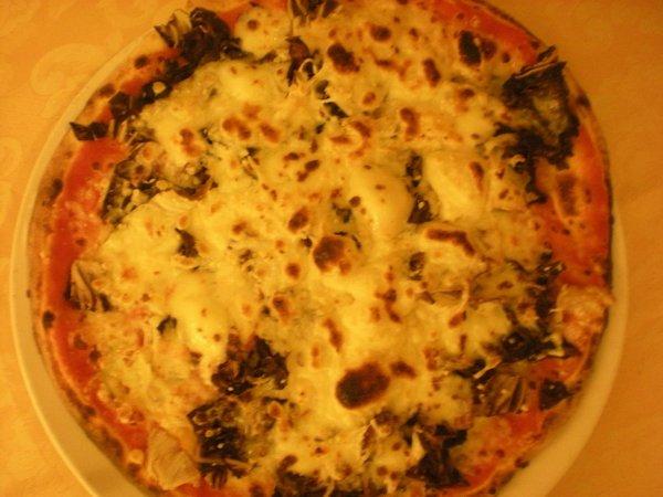 pizza bianca con verdure