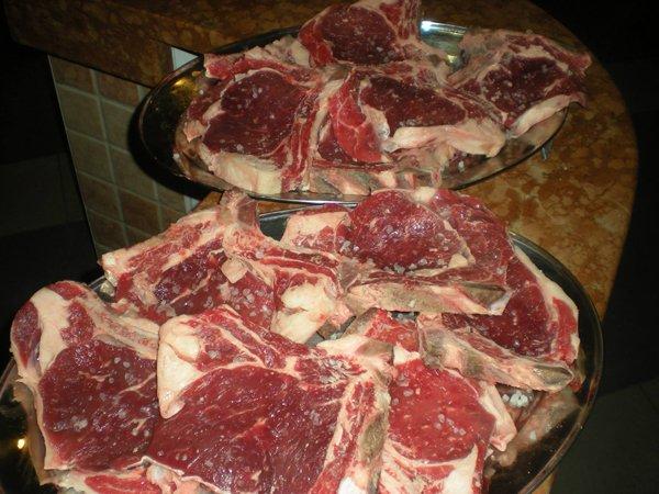 vassoio di carne da cuocere