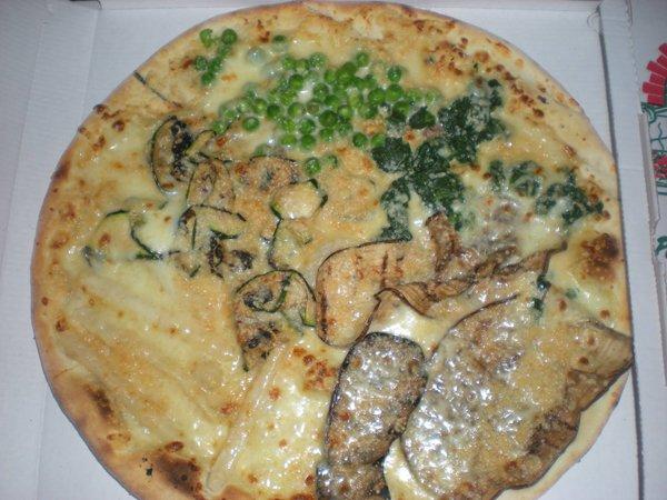 pizza bianca con verdure grigliate