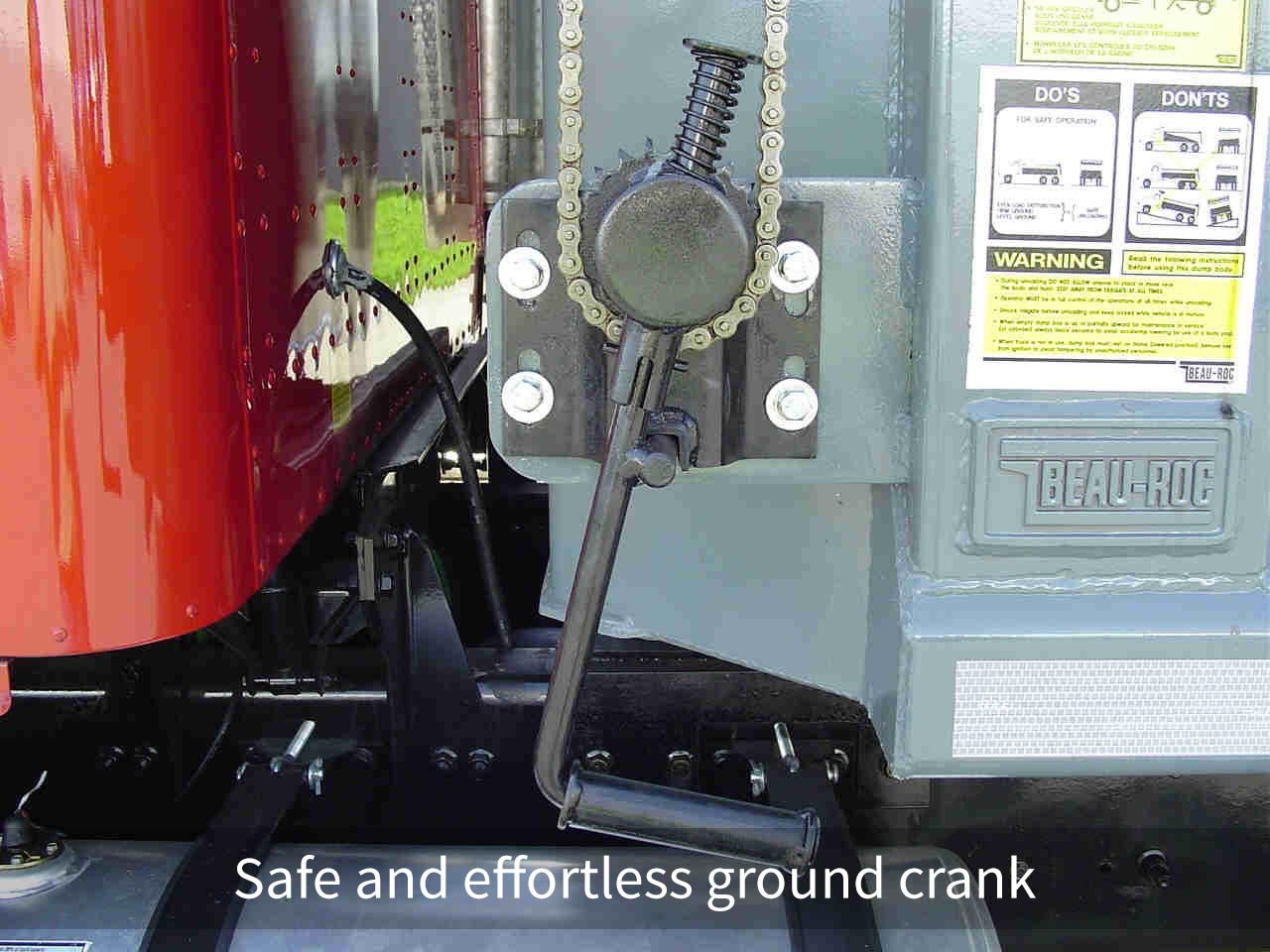 Roll tarp systems Safe and effortless ground crank
