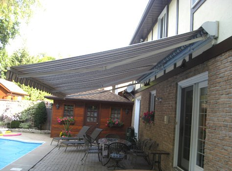 PHYSIQUE XL™ is a heavy duty awning system exclusively designed for 13'0