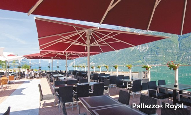 giant umbrella castello can be either operated by crank or tensioning the lever