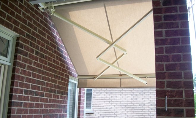 The ADALIA X3M EXTENDA™ model is part of the ADALIA X3M™ family of awnings