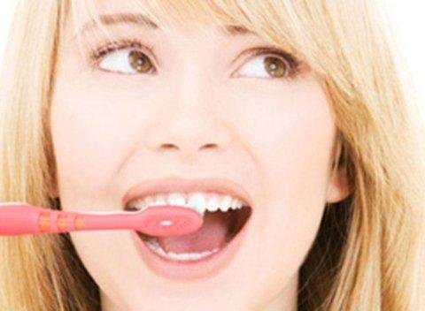 tecniche spazzolamento denti