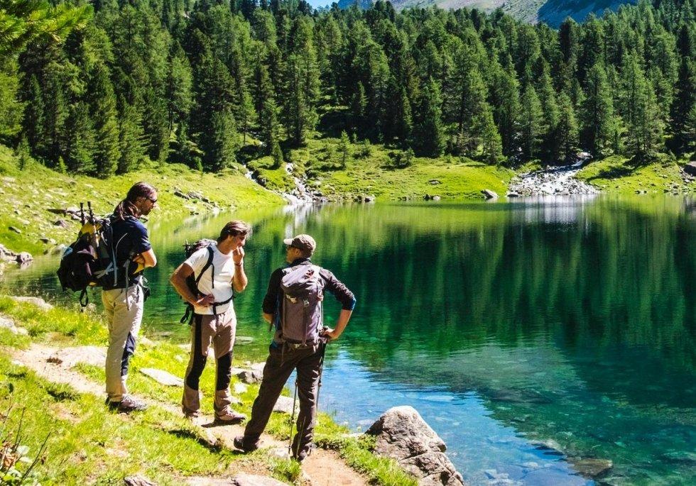 lago in montagna