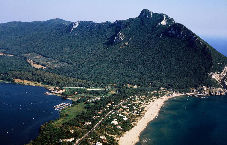 vista frontale della isola