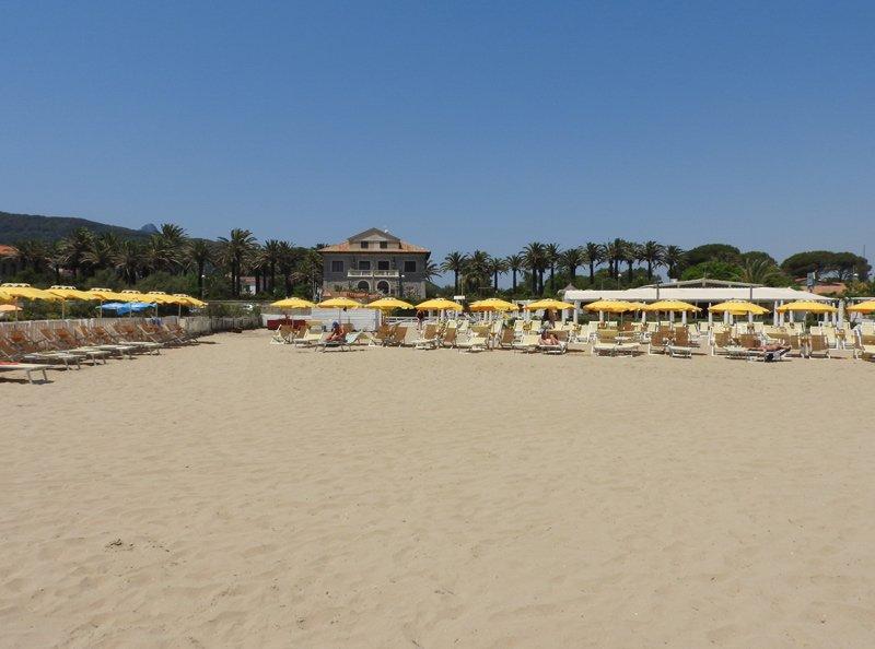spiaggia attrezzata Il Cormorano